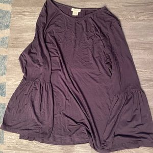 EUC Bell sleeve blouse